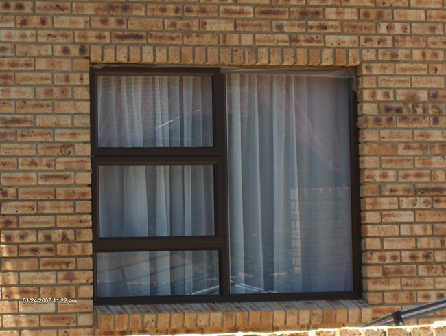 Aluminium window frames in east rand for Aluminium glass windows and doors
