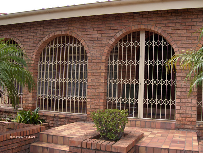 Retractable Security Gates In Johannesburg
